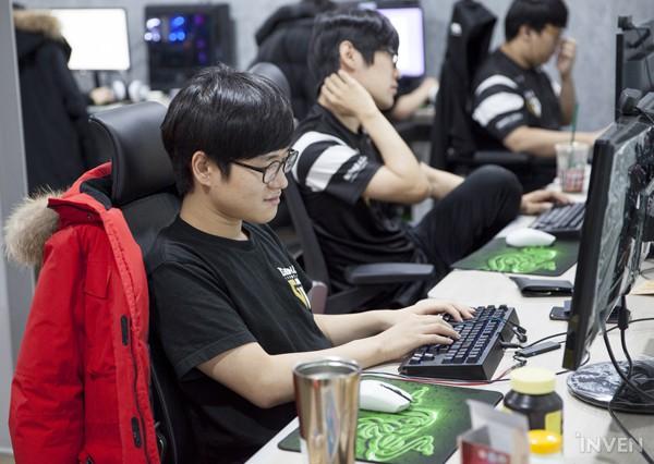 Gạt qua nỗi buồn ở CKTG 2018, Gen.G eSports ra mắt Gaming House hoành tráng giữa lòng Seoul - Ảnh 6.
