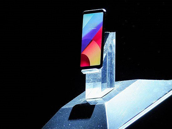 Hàng triệu thiết bị Android bao gồm LG, HTC, Asus dính mã độc ngay từ khi xuất xưởng - Ảnh 1.