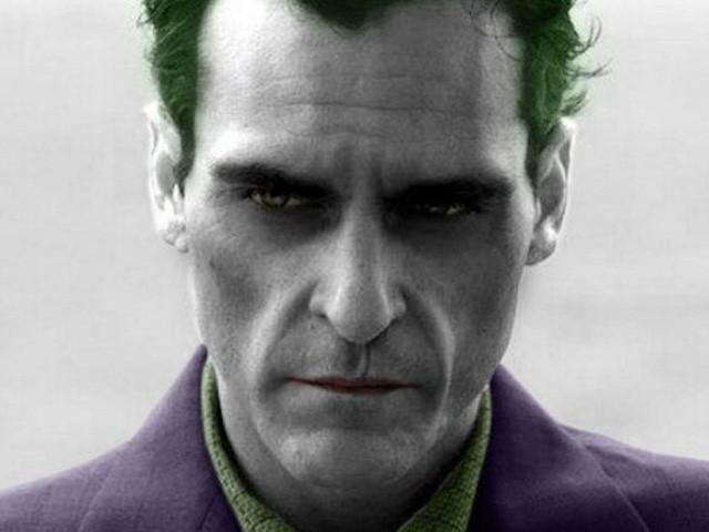Joker của Joaquin Phoenix hiện nguyên hình thành một gã hề quái đản điên loạn khiến fan vô cùng phấn khích - Ảnh 2.