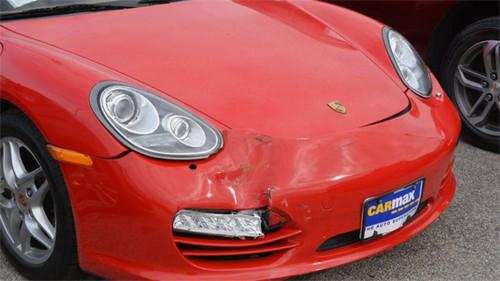 Nhóm thiếu niên bắt chước GTA chơi trò đập nát bét siêu xe, gây thiệt hại gần 20 tỷ đồng - Ảnh 3.