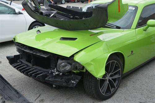 Nhóm thiếu niên bắt chước GTA chơi trò đập nát bét siêu xe, gây thiệt hại gần 20 tỷ đồng - Ảnh 5.