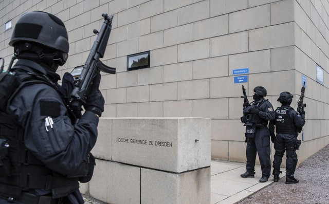 Xả súng 2 người chết ở Đức, nghi phạm dùng Twitch để livestream video tội ác của mình - Ảnh 2.