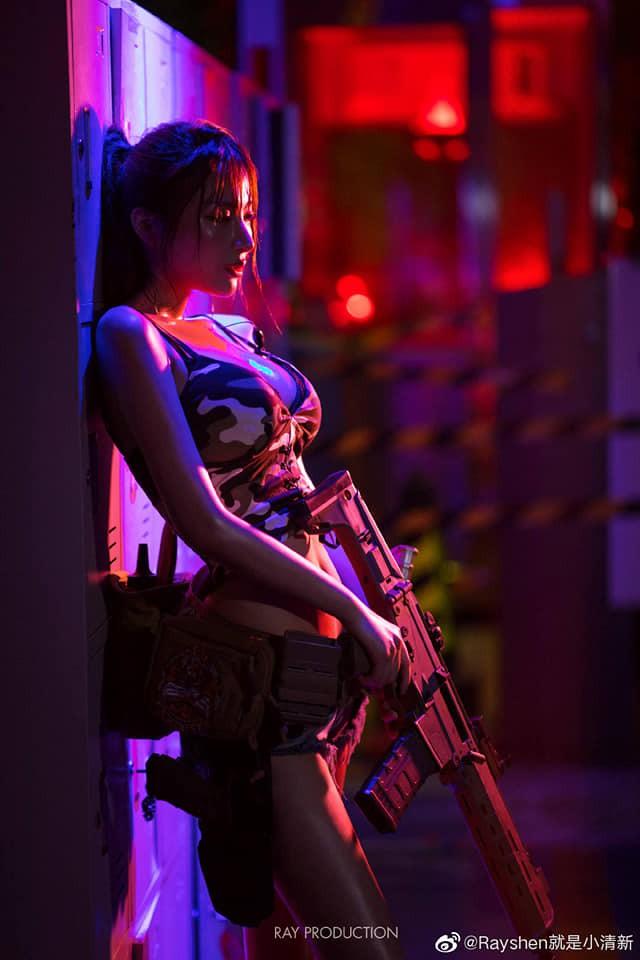Vẻ sexy khó cưỡng bên cây súng của nữ cosplayer khiến 500 anh em không thể rời mắt - Ảnh 9.