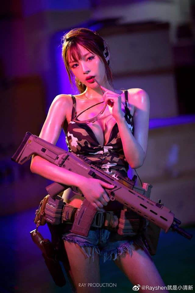 Vẻ sexy khó cưỡng bên cây súng của nữ cosplayer khiến 500 anh em không thể rời mắt - Ảnh 7.