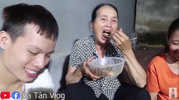 Loạt món ăn tạo phốt của bà Tân Vlog: Từ quảng cáo quá đà, nấu nướng vô lý đến thiếu tính giáo dục, liệu có phải là báo hiệu cho sự thoái trào? - Ảnh 17.