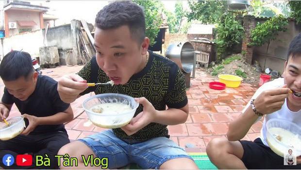 Loạt món ăn tạo phốt của bà Tân Vlog: Từ quảng cáo quá đà, nấu nướng vô lý đến thiếu tính giáo dục, liệu có phải là báo hiệu cho sự thoái trào? - Ảnh 6.