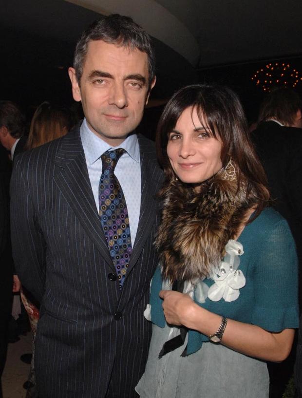 Bất ngờ với hình ảnh cậu con trai 26 tuổi của Mr. Bean: Thành tích khủng và giống bố đến ngỡ ngàng - Ảnh 4.