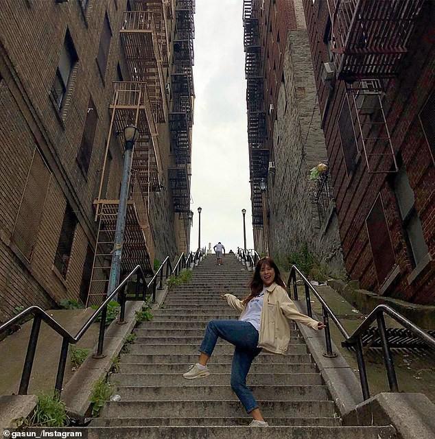 Người dân bức xúc khi chiếc cầu thang vô danh trong Joker bất ngờ trở thành điểm hút khách du lịch - Ảnh 11.