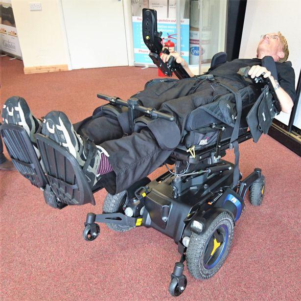 Nhà khoa học này muốn nâng cấp cơ thể mình thành một người lai máy tiên tiến nhất trong lịch sử - Ảnh 2.