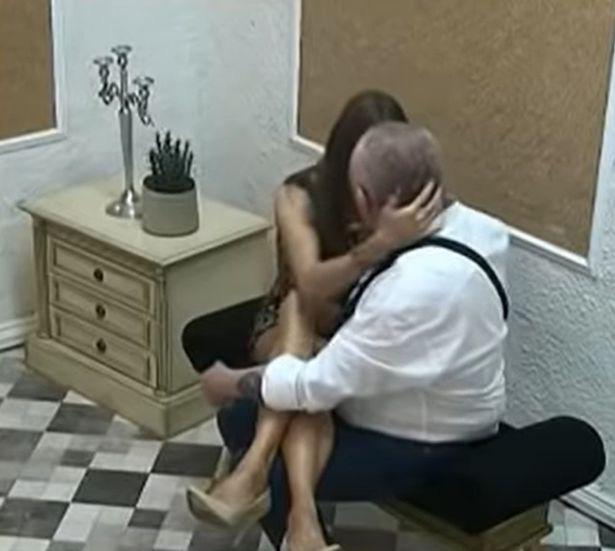 Ham lấy vợ trẻ 21 tuổi, cụ ông 74 tuổi nhận cái kết cắm sừng đầy chua chát - Ảnh 2.