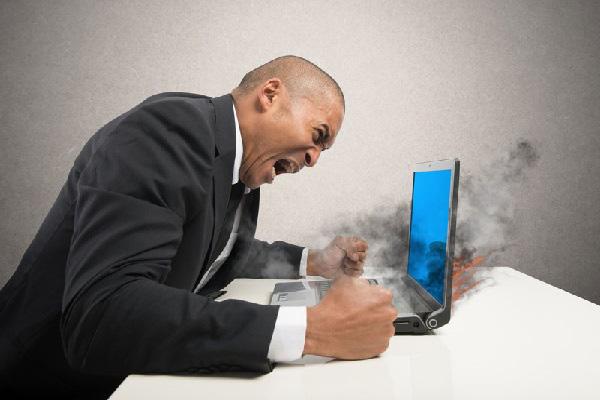 5 nguyên nhân khiến Laptop của bạn hỏng nhanh nhất - Ảnh 1.
