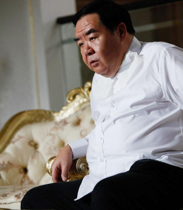 Sao Hoàng Phi Hồng: Phải đóng phim cấp 3 vì vỡ nợ và hết thời, bị bệnh tật hành hạ ở tuổi U70 - Ảnh 2.