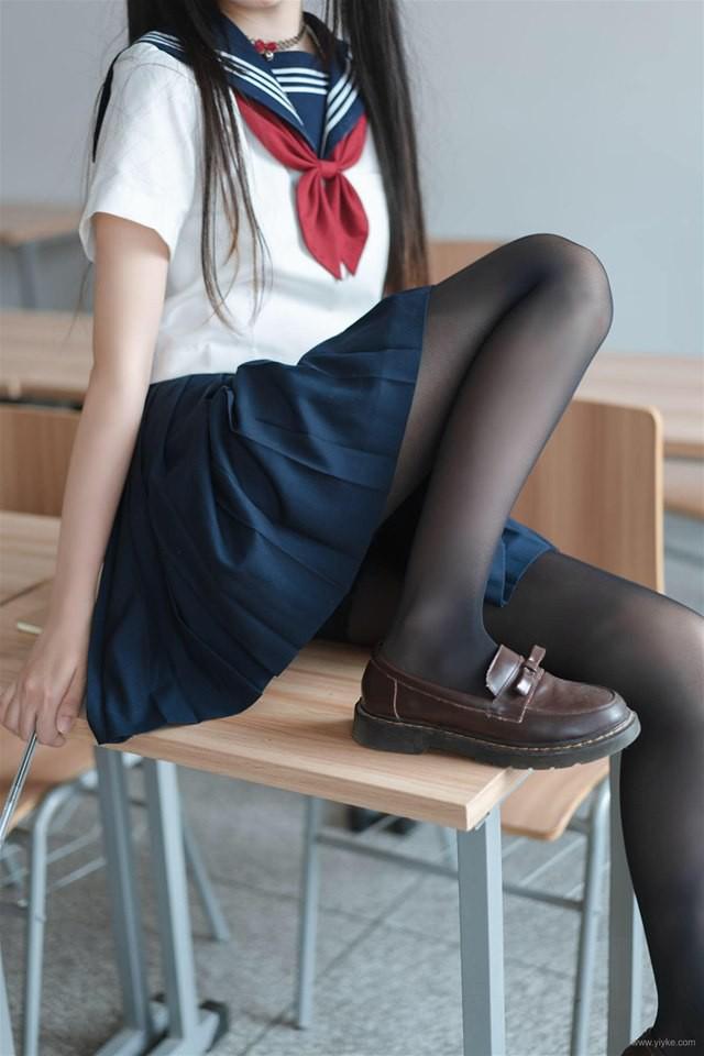 Ngắm bộ ảnh nữ sinh trung học khiến nhiều thanh niên muốn đi học lại - Ảnh 15.