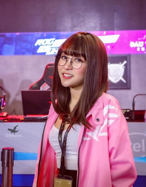 MisThy, Hera và những nữ streamer dễ thương nhất trong làng game Việt - Ảnh 5.