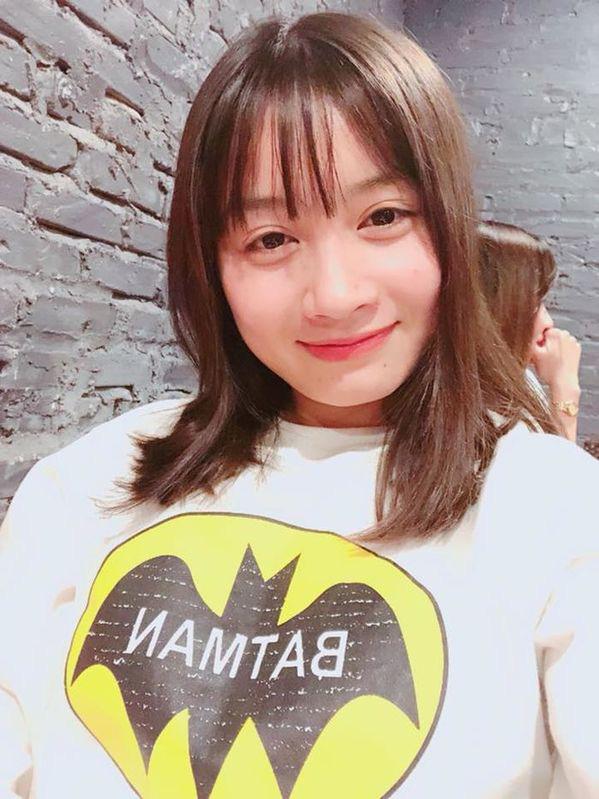 Xinh đẹp như hot girl, hoa khôi bóng đá nữ Việt Nam bất ngờ sở hữu tới hơn 100.000 follow trên Facebook sau một đêm - Ảnh 6.
