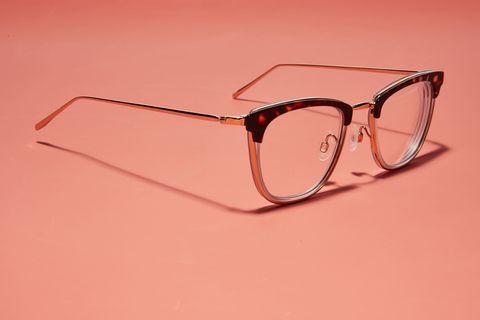 Thử nghiệm thực tế kính chắn ánh sáng xanh giúp game thủ bảo vệ đôi mắt hiệu quả - Ảnh 1.