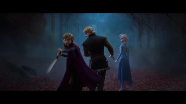 Frozen 2: Nữ hoàng băng giá Elsa hóa thân thành siêu nhân trong trailer mới - Ảnh 6.