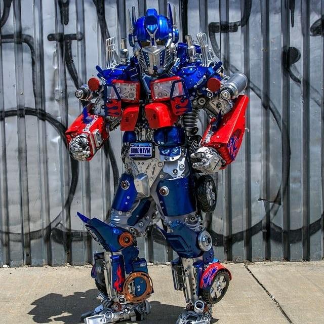 Mãn nhãn với bộ sưu tập robot Transformers được chế biến từ phế liệu cũ - Ảnh 22.