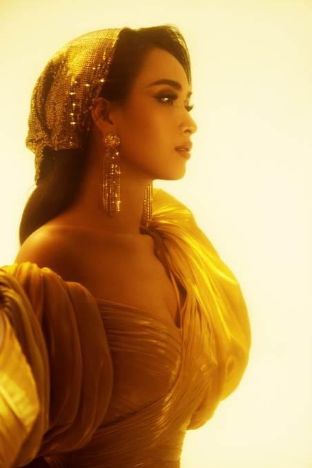 Lộng lẫy từ thần thái đến giọng hát, Ái Phương hóa thân xuất thần thành công chúa Jasmine của Aladdin bản lồng tiếng - Ảnh 2.