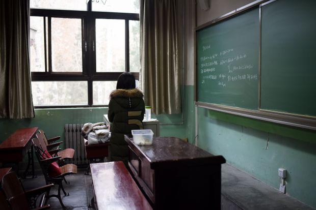 Những giáo viên kinh dị trong ác mộng khiến học sinh cũng sợ run người trong lịch sử - Ảnh 3.