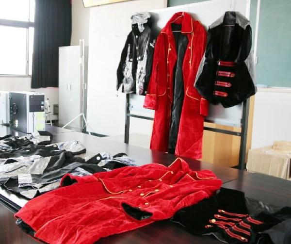 Kho tang vật của cảnh sát Nhật Bản: Không thiếu những món kỳ dị, còn đồ lót bị sắp xếp như bán ở siêu thị! - Ảnh 9.