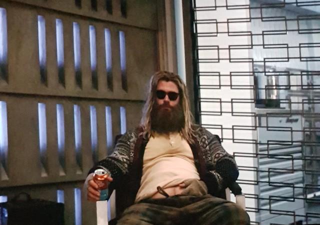 Chết cười khi phong cách của Thor Béo nhập vào các siêu anh hùng khác, tạo ra một vũ trụ Fat Heroes - Ảnh 1.