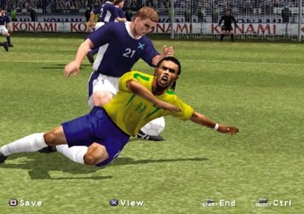 Tạm biệt thương hiệu Pro Evolution Soccer, cùng nhìn lại những bản PES hay nhất trong lịch sử (P1) - Ảnh 2.