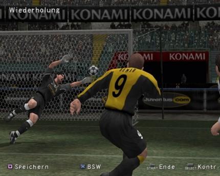 Tạm biệt thương hiệu Pro Evolution Soccer, cùng nhìn lại những bản PES hay nhất trong lịch sử (P1) - Ảnh 3.