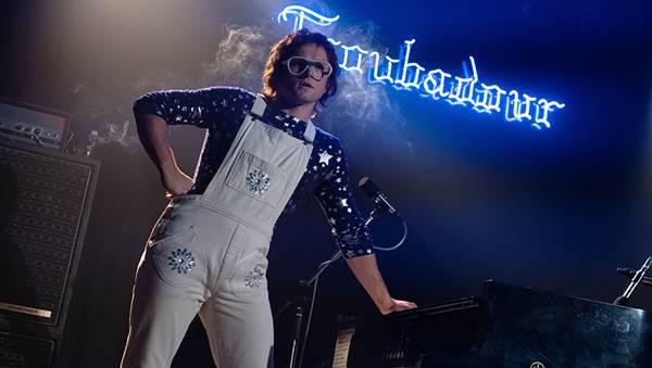 Điều gì khiến cả fan điện ảnh và fan âm nhạc không thể bỏ lỡ siêu phẩm Rocketman - Ảnh 2.