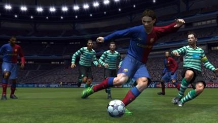 Tạm biệt thương hiệu Pro Evolution Soccer, cùng nhìn lại những bản PES hay nhất trong lịch sử (P2) - Ảnh 4.