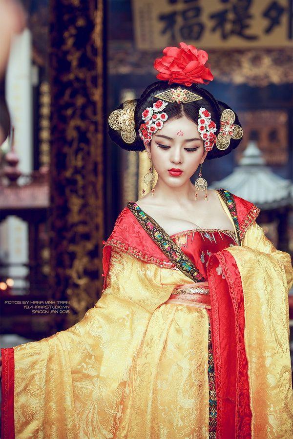 Tân Thiên Hạ: Một khi các chị em đã thích thì trở thành Võ Tắc Thiên chỉ là chuyện nhỏ, nam nhân cũng phải quỳ rạp dưới chân - Ảnh 6.