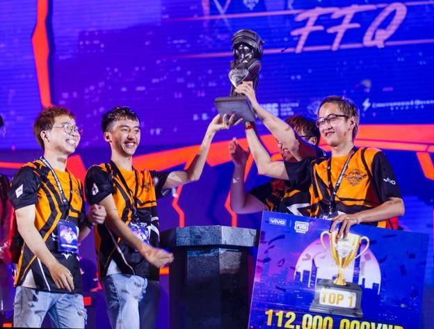 Gặp gỡ team FFQ - Tân vương mới ẵm cả trăm triệu từ giải đấu PUBG Mobile PVNC 2019 - Ảnh 3.