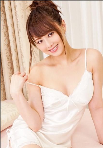 Yua Mikami và 2 idol phim 18+ Nhật Bản tiết lộ về lần đầu làm chuyện ấy - Ảnh 9.