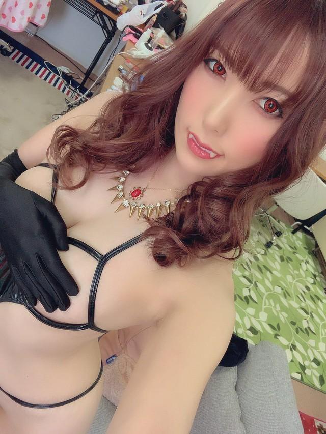 Ngắm loạt ảnh cosplay đầy nóng bỏng của nữ thần phim người lớn Yui Hatano - Ảnh 24.