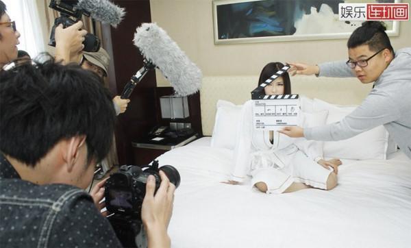Góc khuất của phim 18+ Nhật Bản: 80% diễn viên bỏ nghề chỉ sau 6 tháng - Ảnh 1.