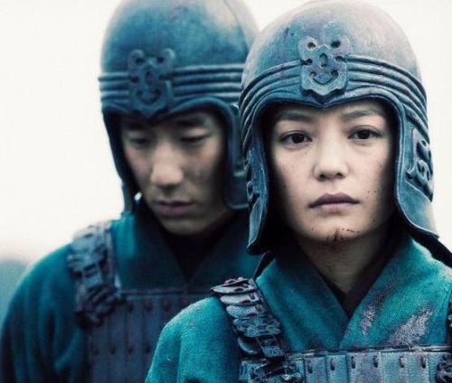 Nhìn Mulan Lưu Diệc Phi đánh võ, bỗng dưng Triệu Vy bị gọi hồn cùng một loạt tranh cãi - Ảnh 10.