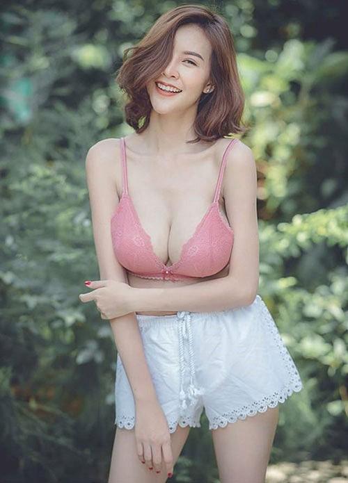 Cận cảnh gái xinh có khuôn ngực đẹp nhất nhì châu Á, nam hay nữ cũng đều mê mệt - Ảnh 1.