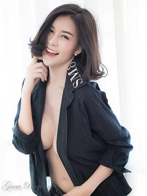 Cận cảnh gái xinh có khuôn ngực đẹp nhất nhì châu Á, nam hay nữ cũng đều mê mệt - Ảnh 11.