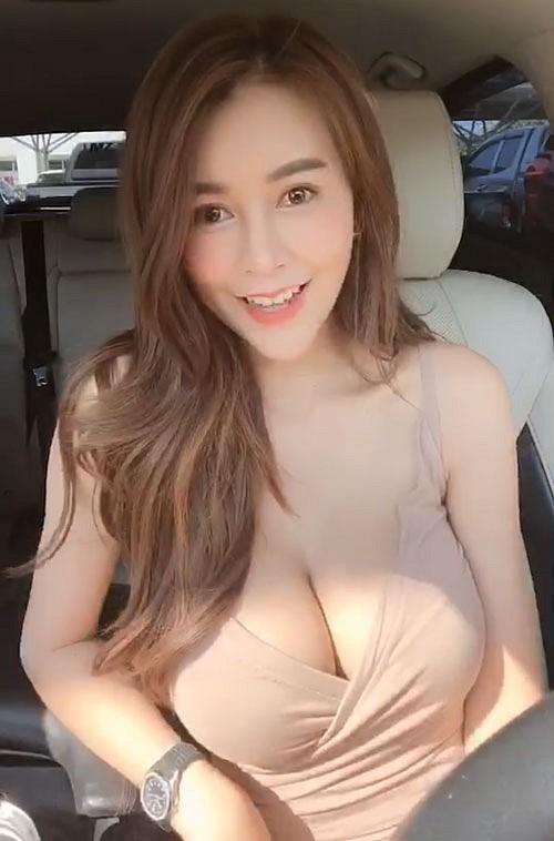 Cận cảnh gái xinh có khuôn ngực đẹp nhất nhì châu Á, nam hay nữ cũng đều mê mệt - Ảnh 13.