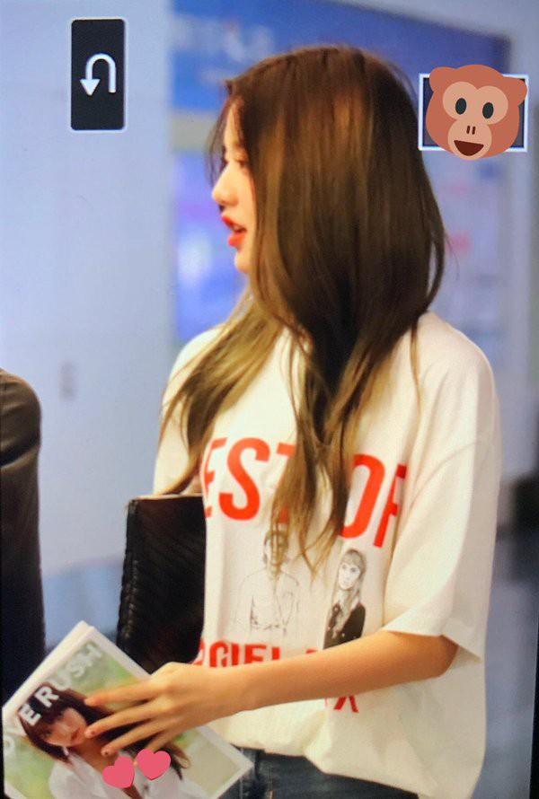 Cầm tạp chí 18+ ở sân bay, sao nữ 15 tuổi xinh đẹp nhất Hàn Quốc bị ném đá thậm tệ - Ảnh 2.