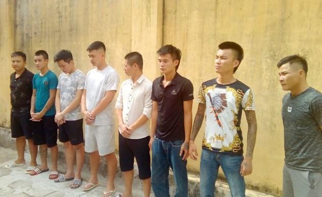 Giang hồ mạng Long 9 ngón tiếp bước Khá Bảnh, hiện đã bị bắt tạm giam và khởi tố - Ảnh 2.