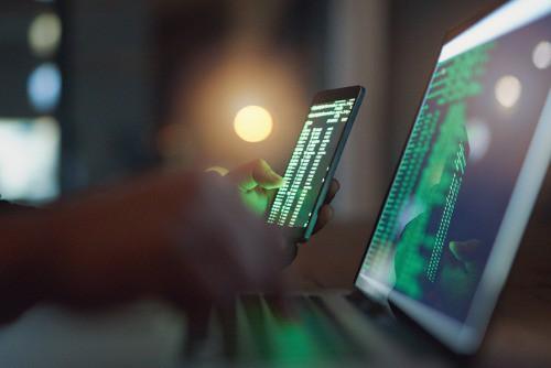 Một thành phố tại Mỹ phải trả cho hacker 10,7 tỷ đồng để chuộc lại dữ liệu, sa thải nhân viên chịu trách nhiệm - Ảnh 1.