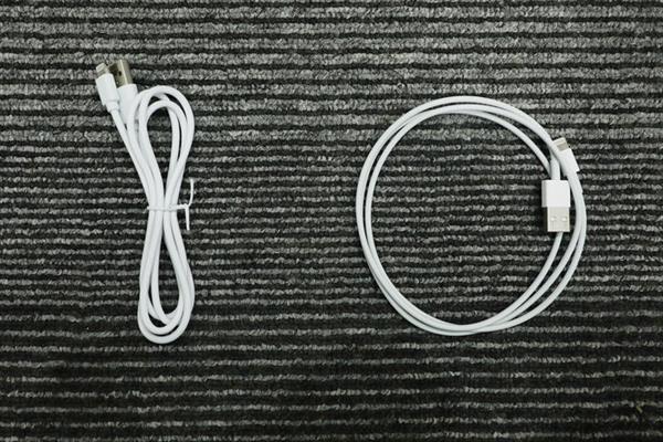 Giải phẫu cáp sạc iPhone hàng giả và hàng xịn, đừng bao giờ tiếc tiền cho phụ kiện công nghệ này - Ảnh 1.