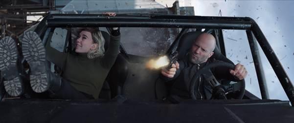 Thống lĩnh phòng vé 2 tuần liên tiếp, Hobbs & Shaw đứng vững vị trí số 1 trong sê-ri Fast & Furious - Ảnh 2.