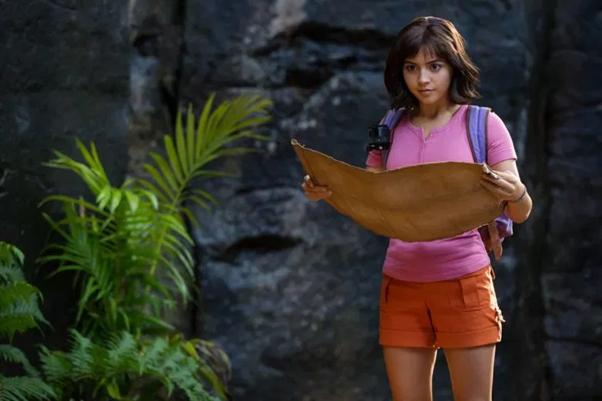 Những lý do khiến Dora Và Thành Phố Vàng Mất Tích xứng đáng là bộ phim gia đình đáng xem nhất tháng 8 - Ảnh 2.
