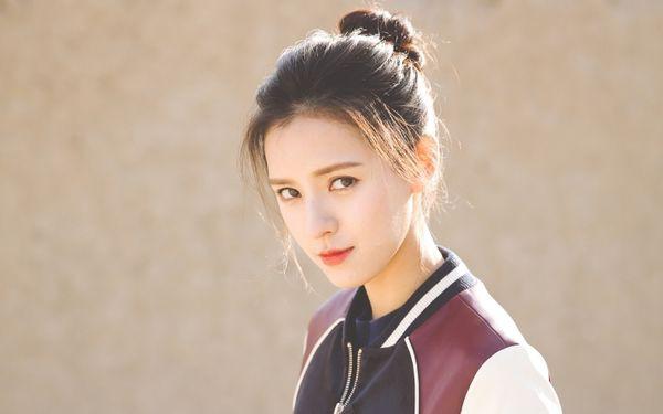 Những bóng hồng xinh đẹp trong danh sách tình trường của Vương Tư Thông - thiếu gia giàu nhất làng game Trung Quốc - Ảnh 1.