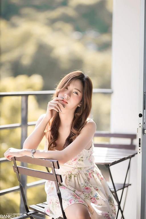 Gục ngã trước nhan sắc nóng bỏng của cô nàng hot girl xứ sở chùa Vàng - Ảnh 38.