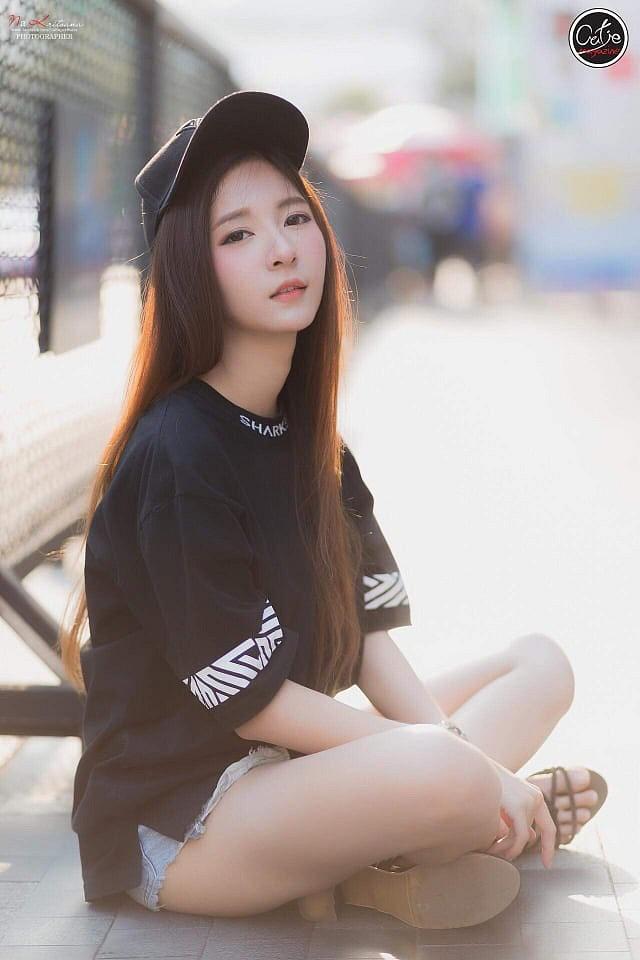 Gục ngã trước nhan sắc nóng bỏng của cô nàng hot girl xứ sở chùa Vàng - Ảnh 42.