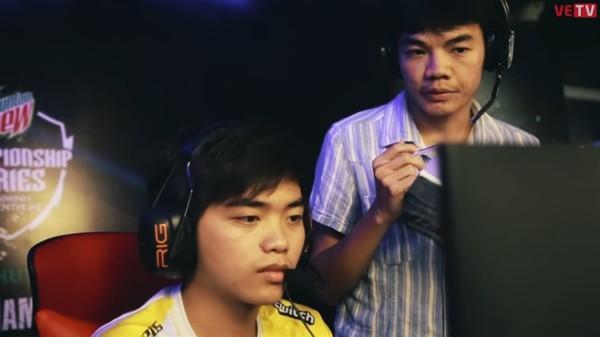 LMHT: Trước thềm chung kết VCS, HLV Tinikun bất ngờ hé lộ từng muốn chiêu mộ Optimus từ đầu mùa giải - Ảnh 2.