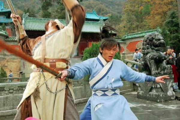 Môn phái bí ẩn nhất truyện Kim Dung: Cả võ lâm căm ghét, đi đâu cũng bị truy sát, đến Hoàng Đế cũng ra lệnh đàn áp! - Ảnh 1.